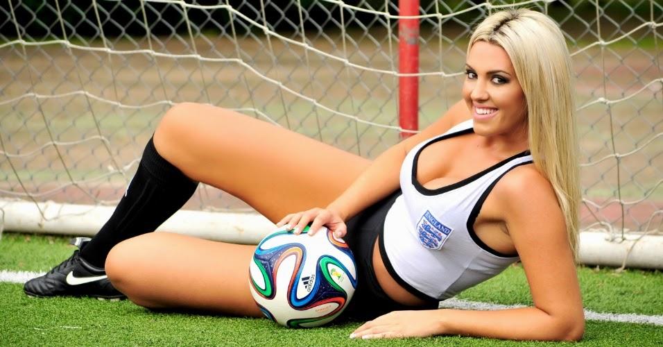 Rafaela Ribeiro Representando a Inglaterra no Belas do Mundial 2014