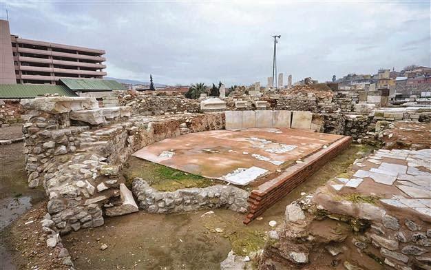 To Βουλευτήριο της αρχαίας Αγοράς της Σμύρνης