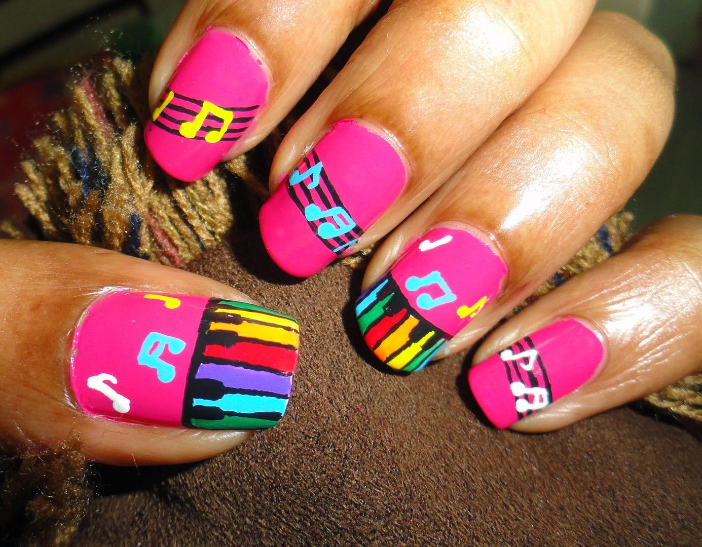 4 Imágenes de decoración de uñas de notas musicales   Uñas pintadas ...