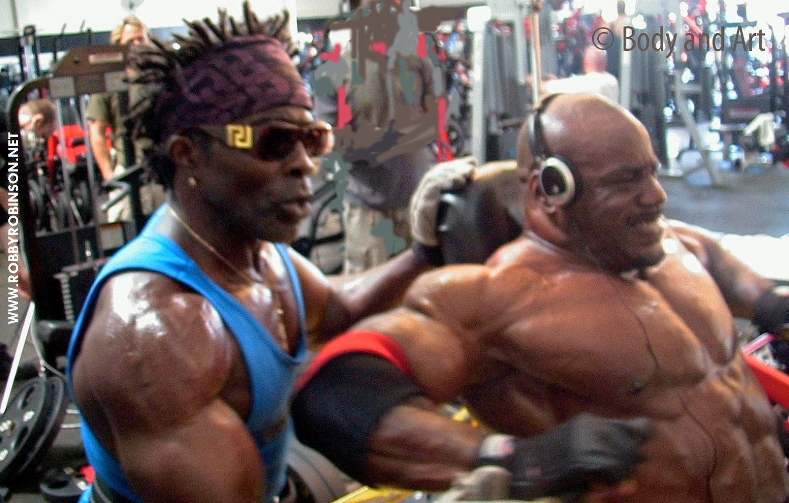 ROBBY ROBINSON AND CHRIS CORMIER - HVY CHEST&ARMS WORKOUT DURING ROBBY'S MASTER CLASS ONE-ON-ONE INTENSIVE TRAINING AND POSING FOR FLEX MAGAZINE PHOTO SHOOT AT GOLD'S, CA 2008 ● www.robbyrobinson.net//master-class.php ●