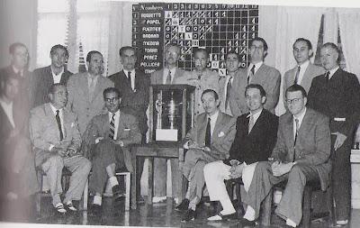 Participantes y organizadores en el Torneo Internacional de Ajedrez Tarragona 1952
