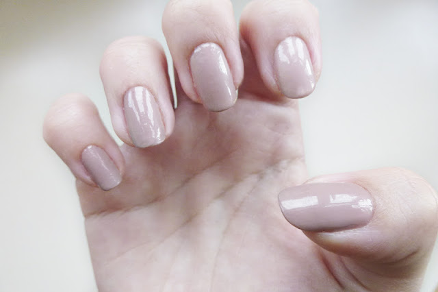 Models Own Nude Beige Manicure