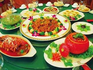 Cena típica de la víspera de la fiesta