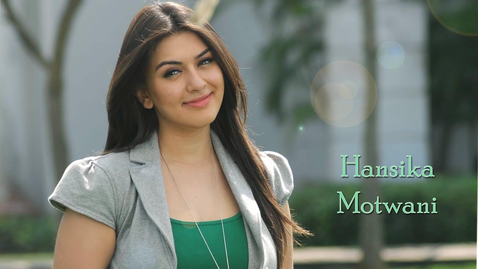 Cute HD wallpaper of Hansika Motawani for download