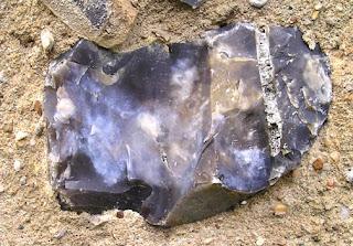 Rijang sebagai Batu setengah Permata