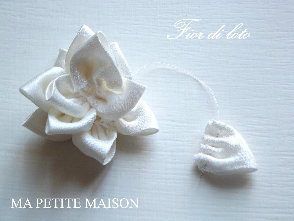 Fiore di loto in raso by Ma Petite Maison