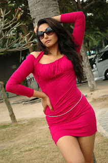 Ragini Dwivedi Hot in Red