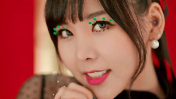 Orange Caramel Raina Catallena