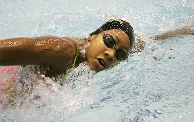 Lia Neal Swimming
