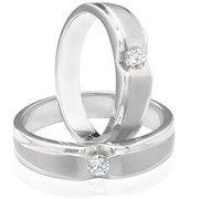 cincin moidel angsa 22 k sering di pesan sebagai cincin kawin
