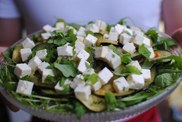 zucchini, sallad, recept, sambal olelk, kyckling
