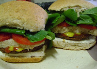 Hambúrguer de PTS com Farinha de Rosca (vegana)