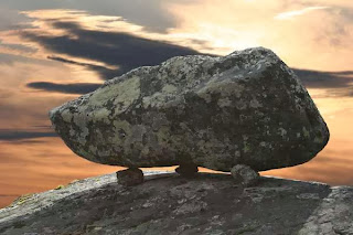 Типичный сейд, или камень силы. Самыми крупными в Северной Европе считаются комплексы Карелии.