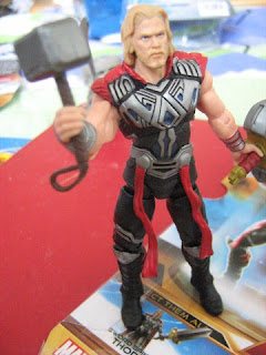 Thor Marvel Univese movie sword hammer battle strike Asgard Avengers