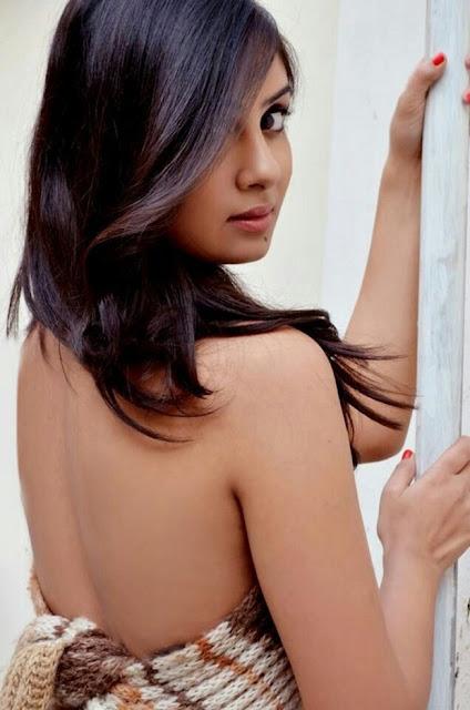 Actress Bhanu Sri Mehra Hot Photo Shoot Stills clean back pose image of Tollywood Telugu heroine bhanu sri