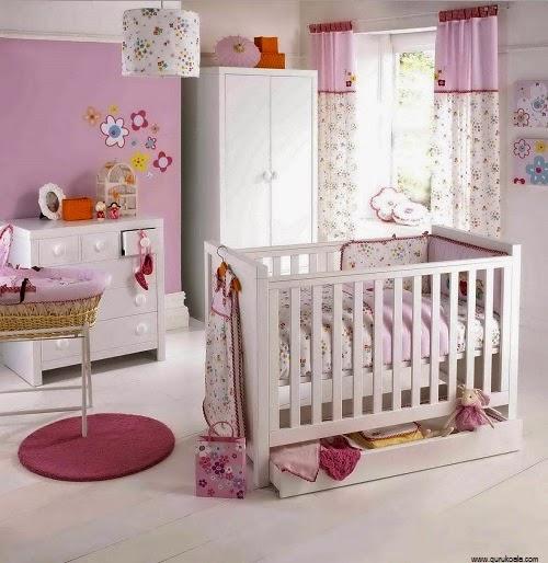 idée Déco intérieur chambre bébé fille