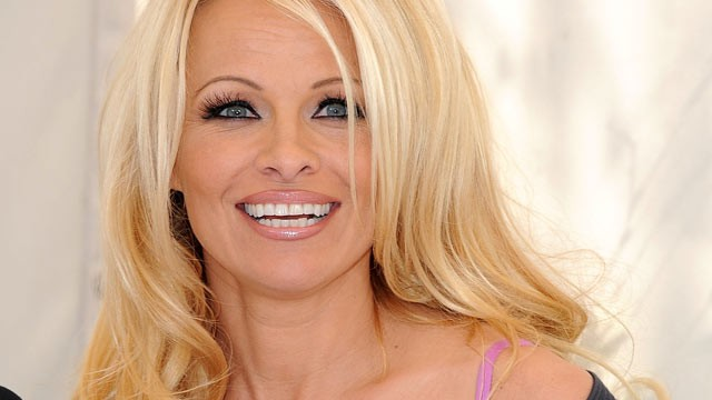 Pamela Anderson Now Chatter Busy: P...