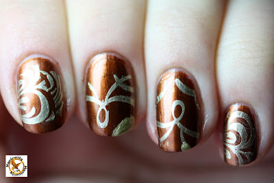 Cinna stamping manicure with Barry M Gold Foil horizontal