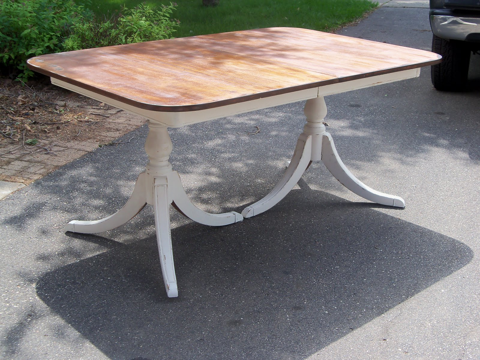 Country Style Accents: A Duncan phyfe table that sums up what ...