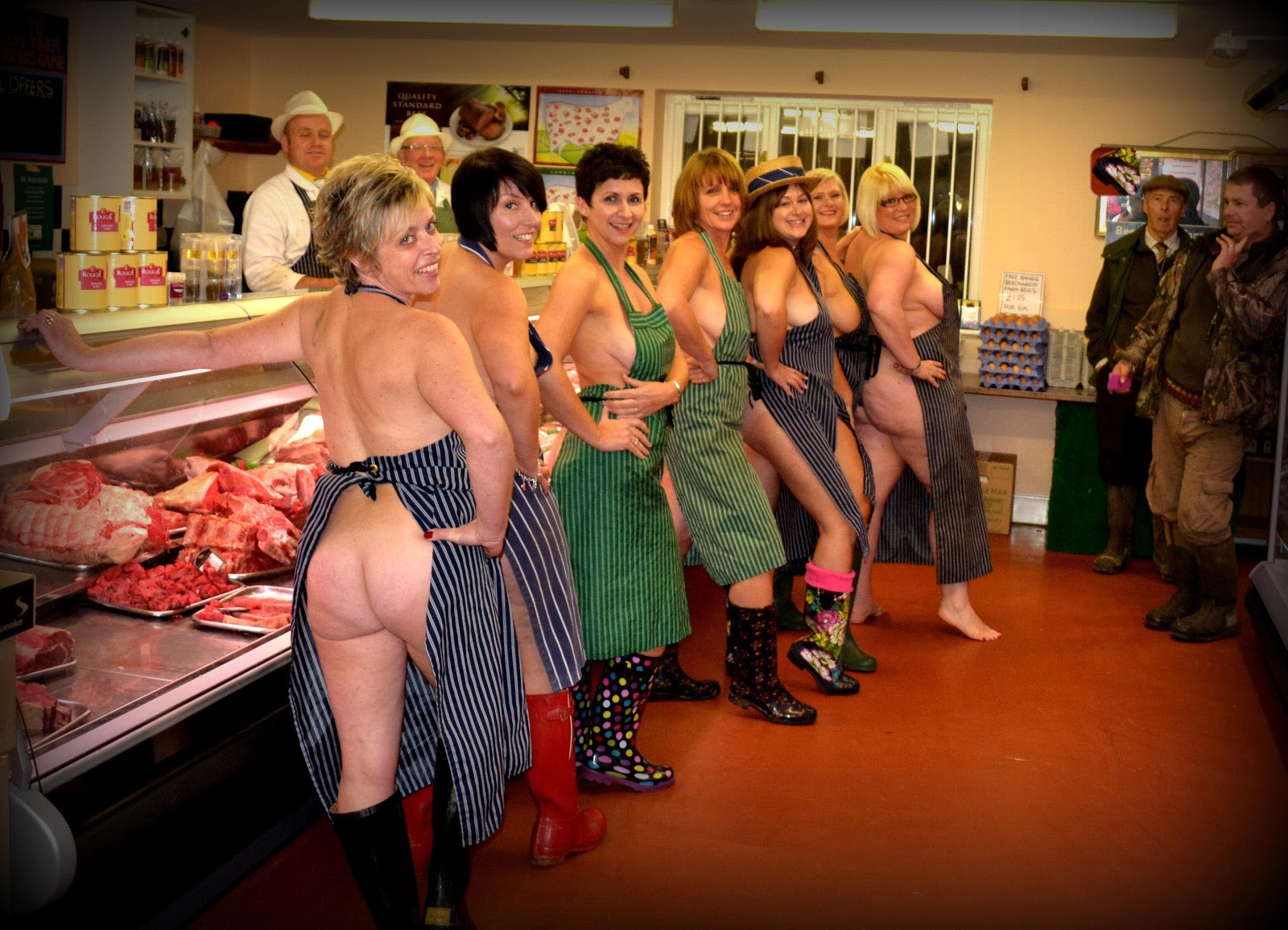elderly nude calenders