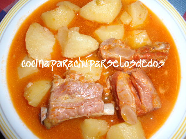 Cocina para chuparse los dedos patatas guisadas con costilla adobada - Patatas en olla rapida ...