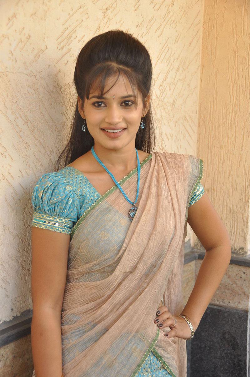 tamil actress in blouse hot mallu actress reshma hot aunties hot