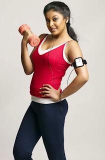 Tanushree Dutta exercise sexy pictures