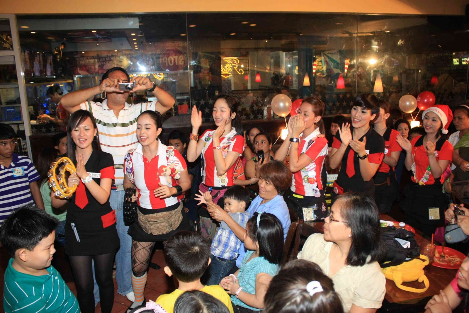 Diegos 7th Bithday TGI FRIDAYS Alabang KIDDIE PARTY PHOTOGRAPHER ALABANG
