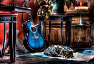 gambar-wallpaper-gitar-unik-2