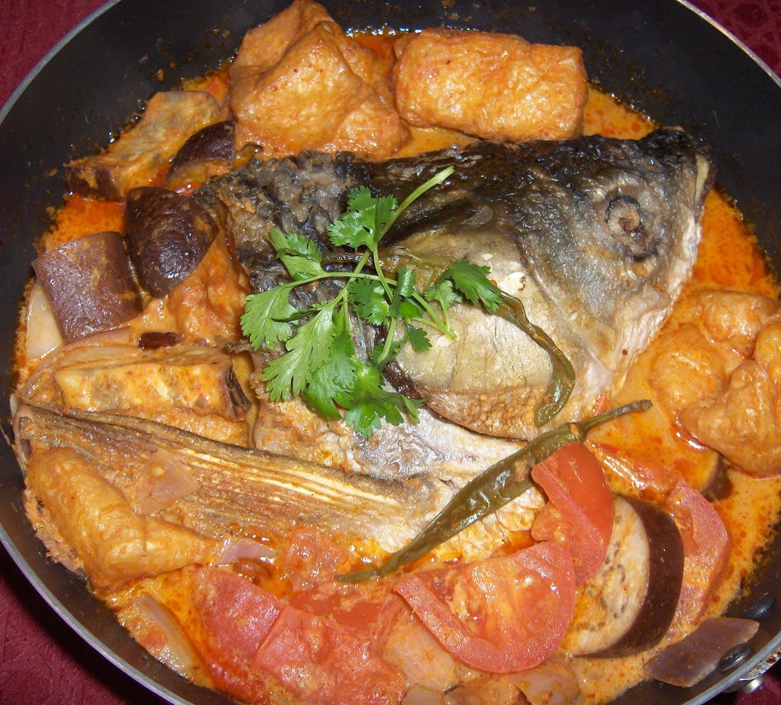 Little Bellevue Kitchen: Salmon Fish Head Curry