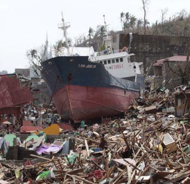 Presiden SBY Perintah BNPB Bantu Korban Topan Haiyan di Filipina