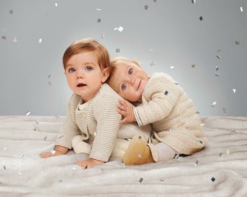 Joli photo bébé publicité