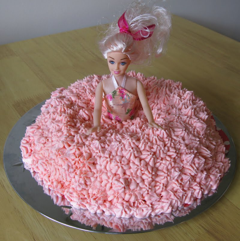 Birthday Cake Images Doll : RAW Baking: Princess Doll Birthday Cake