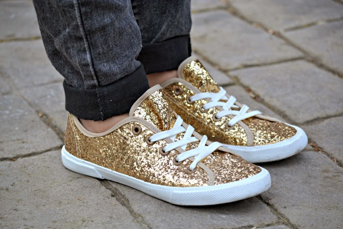 look_outfit_deportivas_purpurina_glitter_springfield_sneakers_zapatos_nudelolablog_06