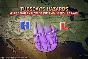 >US East Coast Readies for Big Storm, Texas Dust Storm, UK, Ireland Shivers In First Cold Spell of Season