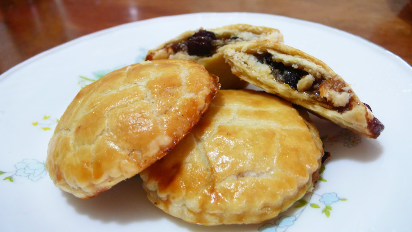 Mince Pie, also known as Minced Pie,