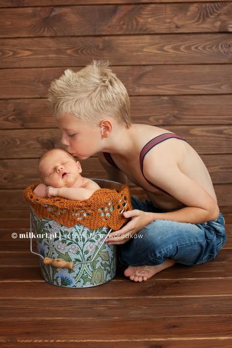 fotografia noworodków, zdjęcia dzieci, sesje foto dziecka poznań, profesjonalne sesje fotograficzne w poznaniu, zdjęcia rodzinne