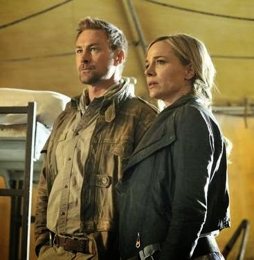Julie Benz and Grant Bowler in Defiance