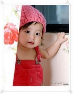 Cute girl babies wallpapers