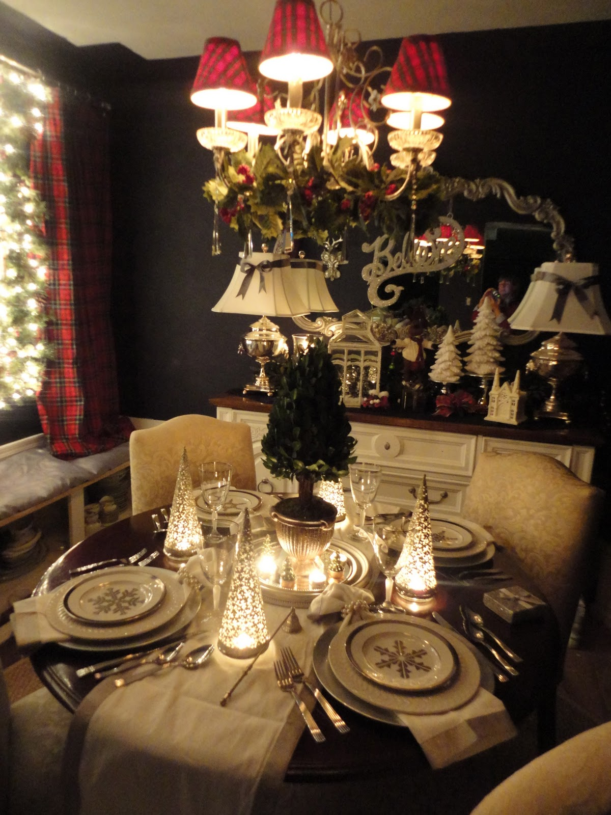 General splendour holiday dining room ralph lauren for Ralph lauren decoration
