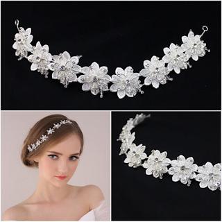 Aksesoris rambut tiara untuk wedding