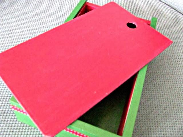 decoupage pudełko na kredki motyw żaby
