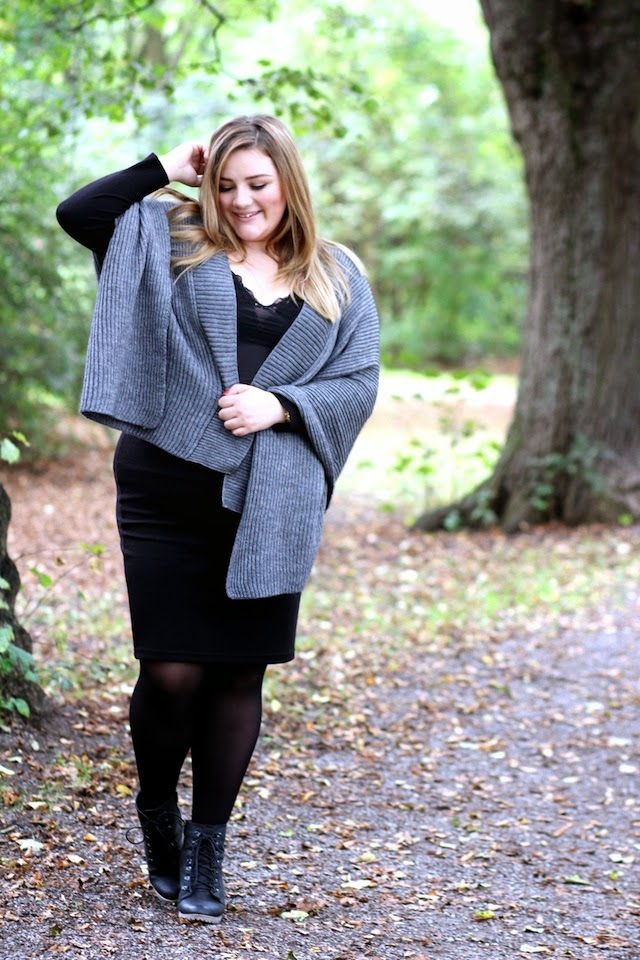 Plus Size Outfit Poncho