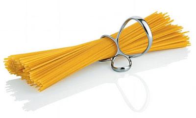 buongiornolink - Dal mistero dello spaghetto alla lampadina sempre accesa, libro svela curiosità quotidiane