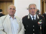 Il Direttore del Blog. International, Dott.Vitale in una foto ricordo con il Gen.B. Comandante.