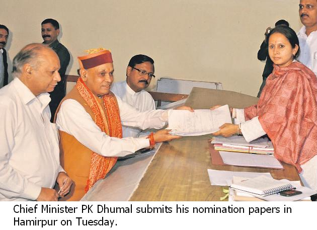 Chief Minister PK Dhumal Submits his nomination papers in Hamirpur on Tuesday.