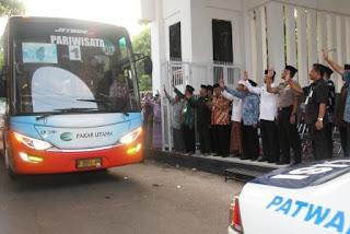 Kloter Pertama, 443 Jamaah Haji Asal Subang Diberangkatkan