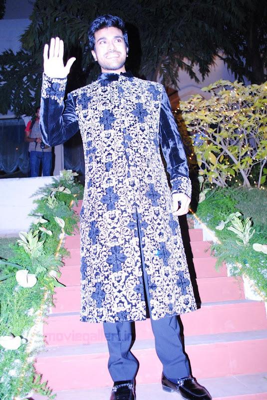 Ram Charan Teja Walks Ramp in TAJ KHAZANA Lifestyle Fashion Show leaked images