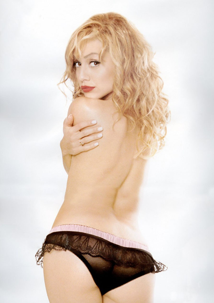 brittany murphy nude pics