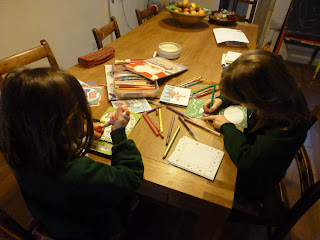 Kids making xmas cards